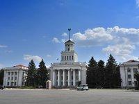 Здание Новокаховского городского совета