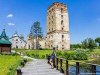 Оборонна башта у м. Старокостянтинові