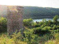 Замкова вежа Раковецького замку